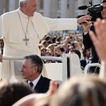 Pope-Francis-I-Tarot Reading